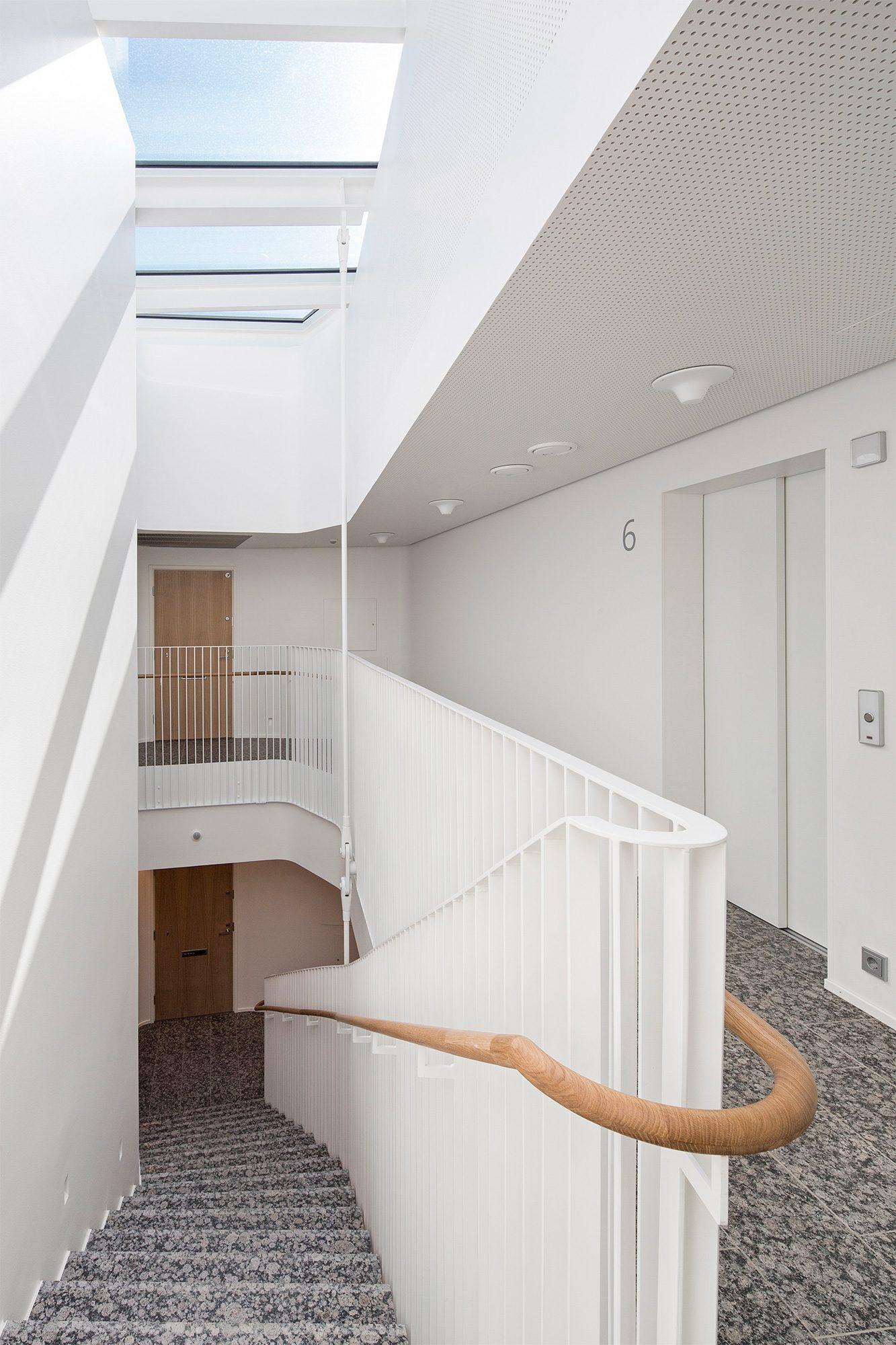 d limiter les espaces d 39 un appartement en toute discr tion le blog porte tout savoir sur les. Black Bedroom Furniture Sets. Home Design Ideas