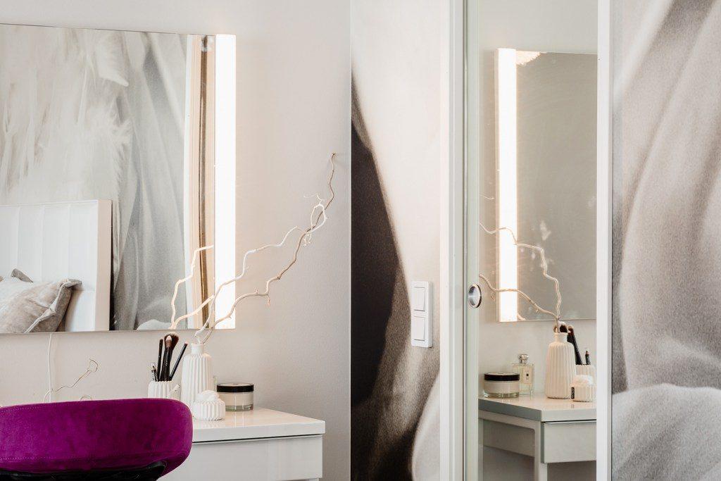 Porte coulissante effet miroir