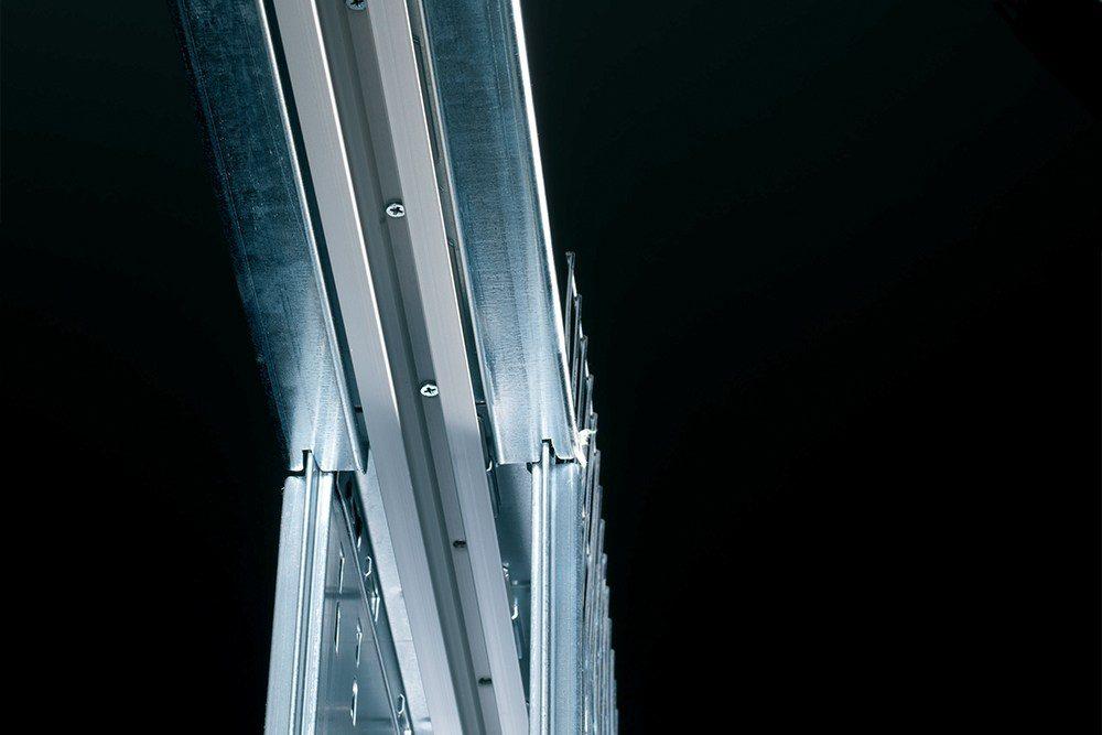 Rail amovible d'un châssis coulissant Eclisse