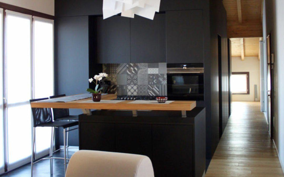 Comment aménager un appartement mansardé de 60 m² ?